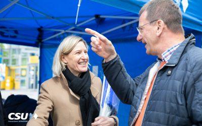 Infostand am Marktsonntag zur Europawahl